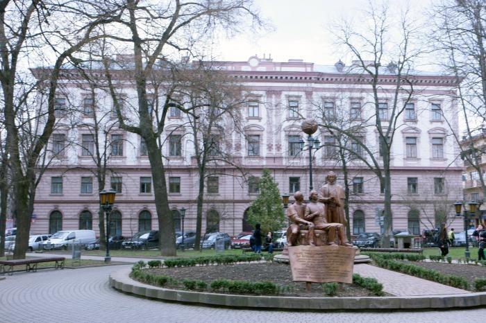 Top hostel facilities at Ivano Frankivsk National Medical University Hostel?